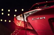 Toyota แย้มทีเซอร์ C-HR โฉมโปรดักชั่นสำหรับอเมริกา