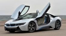 BMW เผยเตรียมพบรถไฟฟ้าและรถขับอัตโนมัติในซีรีย์สมรรถนะสูง
