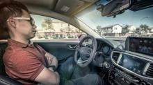 """เผยชาวอเมริกันไว้ใจ """"บริษัทไอที"""" พัฒนารถขับขี่อัตโนมัติมากกว่า """"บริษัทรถยนต์"""""""