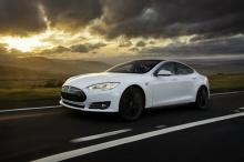สุดยอด!!Tesla อัพเกรด Autopilot 2.0 เพิ่มกล้องตรวจจับ