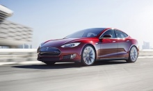 ผู้บริหาร Tesla ชี้รถพลังไฟฟ้าคู่แข่งล้วนน่าเบื่อเหมือน เครื่องใช้ไฟฟ้า