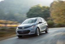 Chevrolet Bolt มาพร้อมระบบคืนพลังงานขณะเบรกด้วย แป้นหลังพวงมาลัย