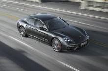 แรงจริง! Porsche Panamera ใหม่เป็นรถซีดานพรีเมียมที่เร็วสุด